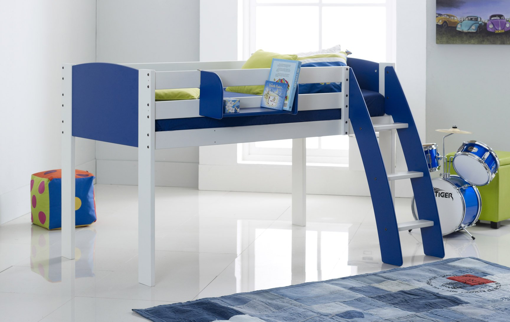 Blue Cabin Bed Curved Ladder