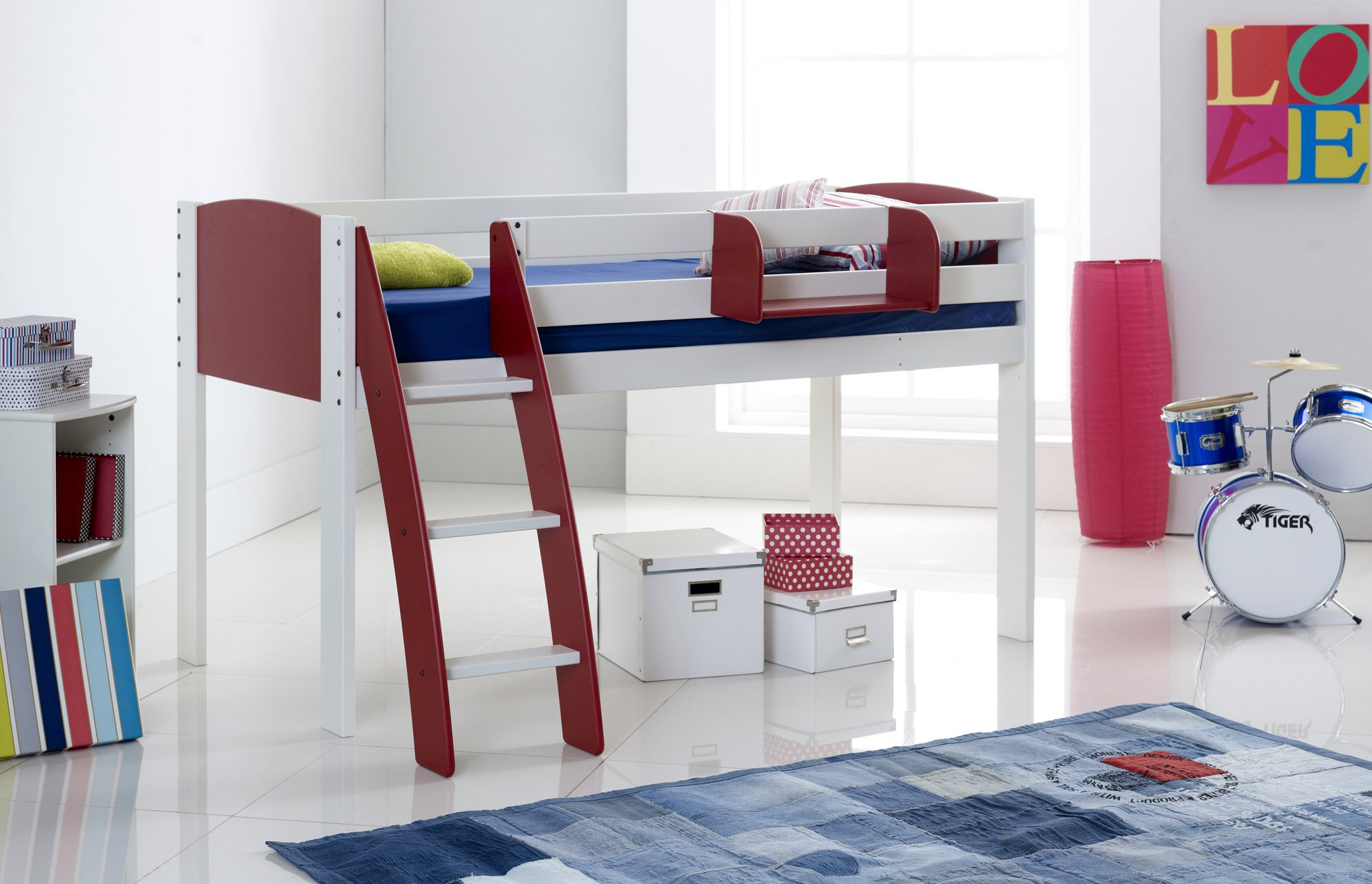 Red Cabin Bed Curved Ladder