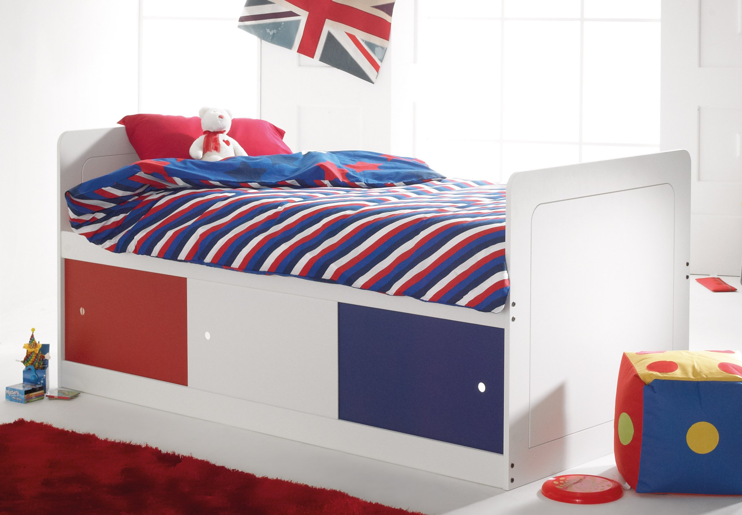 captains bed narrow shorty scallywag kids. Black Bedroom Furniture Sets. Home Design Ideas