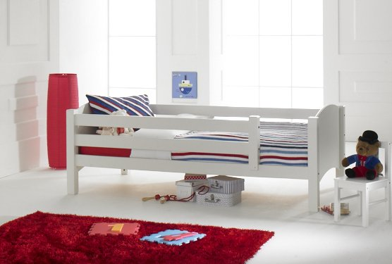 Convertible starter bed with removable safety rails for Starter bed