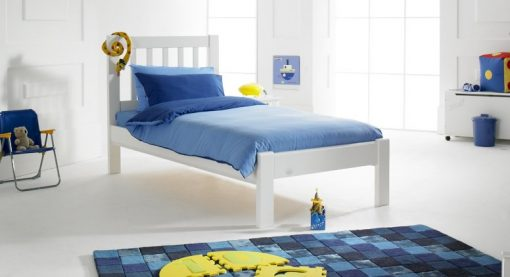 Princeton Solid Pine Bed